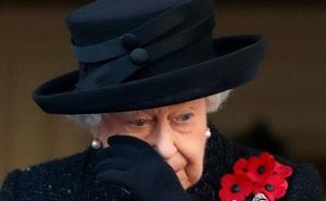 Kế hoạch tang lễ của Nữ hoàng Anh bất ngờ bị rò rỉ, lộ luôn tên người trị vì kế tiếp, Cung điện giận dữ điều tra kẻ làm lộ thông tin mật