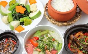 Muốn giảm cân nhanh: Kiêng ăn tinh bột, chỉ ăn rau, hoa quả, thịt?