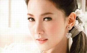 Trọn bộ ảnh đẹp hút hồn của nữ Thủ tướng Thái Lan