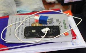 Thêm nạn nhân tử vong khi dùng iPhone đang sạc