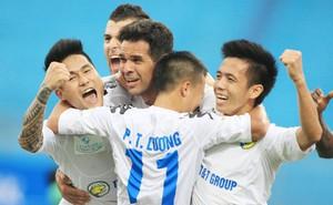 Theo dòng cảm xúc: NHM vẫn rất yêu bóng đá Việt Nam