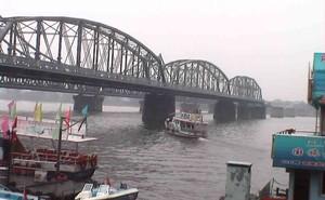 Chuyến du hành đặc biệt đến Triều Tiên: Dòng sông biên giới