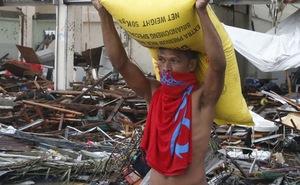 Cướp kho gạo gần Tacloban, 8 người chết