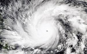 24h qua ảnh: Siêu bão cấp 17 Hagupit đang tiến về Philippines