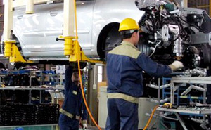 Việt Nam xuất khẩu ô tô: Tin được không?