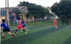 Fan nữ Arsenal solo ghi bàn chao đảo cộng đồng mạng