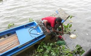 Thi thể thiếu nữ trên sông Sài Gòn, tay còn đeo túi xách