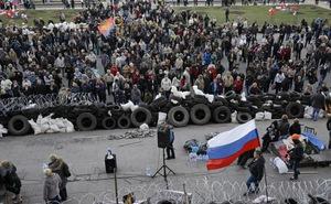 """Ukraine: Quân ly khai tuyên bố lập """"Cộng hòa Luhansk"""""""
