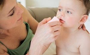 5 sai lầm khi trị sổ mũi cho trẻ bố mẹ nào cũng từng mắc