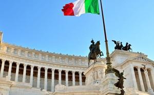Sau Anh, Italia muốn trưng cầu ra khỏi khu vực đồng tiền chung