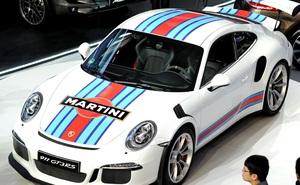Lãi kỷ lục, mỗi nhân viên Porsche nhận thưởng 10.000 USD