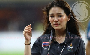 Nữ trưởng đoàn xinh đẹp của Thái Lan thất vọng vì mất việc