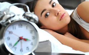 Bỏ ngay 8 quan niệm sai lầm thường gặp sau nếu không muốn mất ngủ triền miên