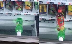 Dân mạng trình bày: Đến việc mua chai nước cũng bị cây bán hàng tự động bắt nạt thế này đây