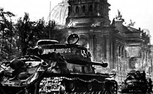 Người phụ nữ Xô viết gom tiền mua xe tăng, ra trận chiến đấu trả thù cho chồng