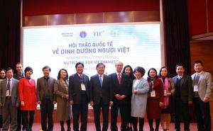 Ăn nhiều chất hơn, người Việt vẫn không thay đổi tầm vóc vì thiếu sữa trong bữa ăn