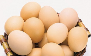 Kinh nghiệm dùng trứng gà chữa bệnh