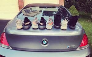 """Nhìn bạn trai có bộ sưu tập giày """"khủng"""", cô gái ví bán đi mua son dùng cả đời không hết"""