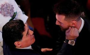 """Maradona bảo vệ Messi, chỉ ra 2 kẻ """"tội đồ"""" thực sự của Argentina"""