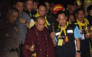 """Nhà sư Thái Lan từng đưa ra lời tiên tri kì bí có """"mối liên hệ đặc biệt"""" gì với hang Tham Luang?"""