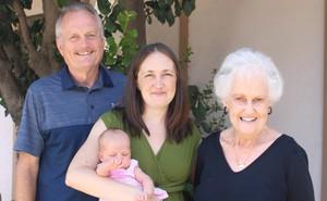 Sự trùng hợp đến khó tin cùng xảy ra với 4 thế hệ trong 1 gia đình