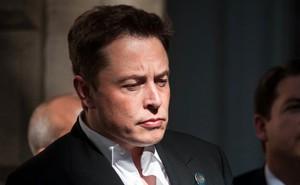 """Elon Musk: """"Đây là năm khó khăn và đau đớn nhất trong sự nghiệp của tôi"""""""
