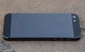 """Xin chia buồn với bạn: iPhone 5 vừa chính thức bị dán mác """"lỗi thời"""""""