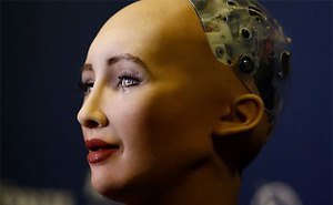 Robot Sophia từng đến Việt Nam sắp có em gái