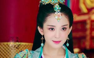 Đâu chỉ có Địch Lệ Nhiệt Ba, Tân Cương còn là vùng đất sản sinh ra hàng loạt mỹ nữ đẹp nghiêng nước nghiêng thành