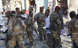 """Liều lĩnh """"tập kích kép"""" quân Mỹ-Italia ở Somalia, 10 phiến quân bỏ mạng"""