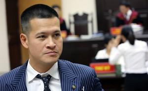 """Hoãn phiên tòa vì đại diện Tuần Châu """"bị sốt virus"""", đạo diễn Việt Tú nói gì?"""