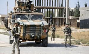 """Mỹ phản đòn Thổ Nhĩ Kỳ ở Syria, Nga tức tốc bảo vệ: S-400 chưa phải """"chiêu cuối""""?"""