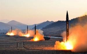 """""""Trò chơi hạt nhân"""" giữa Mỹ, Nga và NATO mang đến cuộc khủng hoảng mới?"""