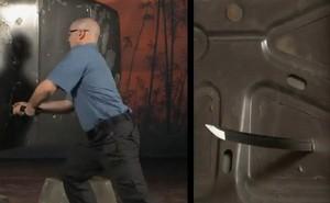 Sức xuyên phá khủng khiếp của kiếm Nhật, đâm thủng cửa thép dễ dàng