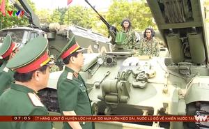 """Xứng tầm """"nắm đấm thép"""" hiện đại nhất VN: Chiếc xe lạ và rất đặc biệt đi kèm xe tăng T-90"""