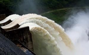 Thừa Thiên - Huế: Xả nước thủy điện A lưới để đón lũ