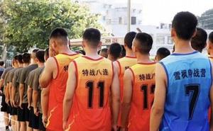 TQ cử đặc nhiệm chống khủng bố ở Tân Cương tới Hong Kong: Nhặt gạch đá chỉ là động thái ban đầu?