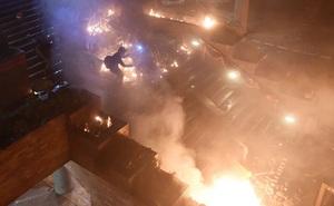 """Chuyên gia: Ông Trump """"chắc chắn sẽ kí dự luật Hong Kong"""" giữa thời điểm nhạy cảm của thương chiến"""