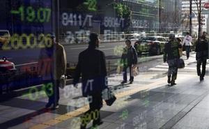 """Tín hiệu cảnh báo thị trường tài chính """"nhấp nháy"""" ở mọi nơi, TQ đối mặt tình trạng vỡ nợ"""