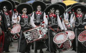 24h qua ảnh: Rùng mình với lễ hội Người chết ở Mexico