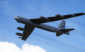 """Chiến sự Syria: Lý do S-400 của Nga """"im hơi lặng tiếng"""" khi máy bay Mỹ """"trêu ngươi"""" tiếp cận căn cứ Hmeymim"""