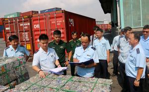 Bắt giữ 4 container phế liệu xuất khẩu lợi dụng luồng xanh, trốn thuế hơn 500 triệu đồng