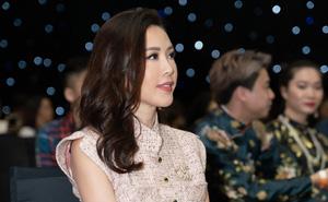 Hoa hậu Thu Hoài khoe nhan sắc trẻ trung