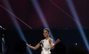 Vì sao Hoàng Thùy không đạt được thành tích như H'Hen Niê tại Miss Universe 2019?