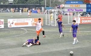 """Cầu thủ bóng đá phủi bị đạp thẳng vào mặt, nằm co giật: """"Tôi không muốn làm lớn chuyện"""""""