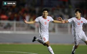 """Ghi bàn """"nhấn chìm"""" Singapore, Hà Đức Chinh san bằng cột mốc lịch sử tại SEA Games"""