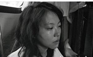 """Có mối quan hệ không rõ ràng với Châu Tấn, con gái Vương Phi bị mẹ """"từ mặt"""", giữa đêm đăng đàn đầy ẩn ý"""