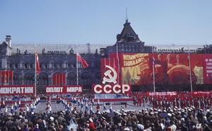 """Nếu không tan rã, Liên Xô có đủ """"mạnh"""" để sánh ngang với Mỹ thời hiện đại hay không?"""