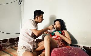 """Huỳnh Tuấn Anh đau đớn về cái chết của mẹ: """"Mẹ mở mắt to nhìn lên trần nhà. Mẹ biết mẹ sẽ chết"""""""