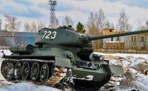 Chưa vội T-14 Armata tối tân, Nga ưu tiên sản xuất 400 xe tăng T-34-85: Điên rồ?